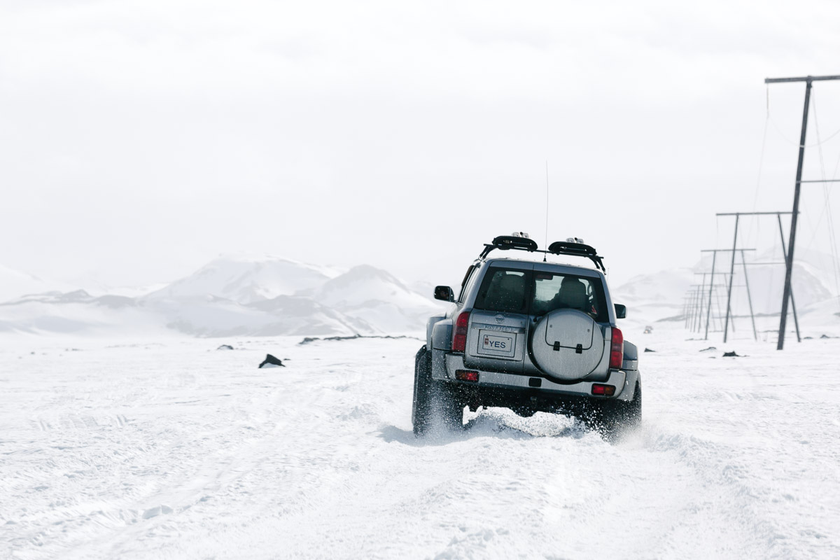 The super jeep makes light work of the snow plains on Landmannalaugar